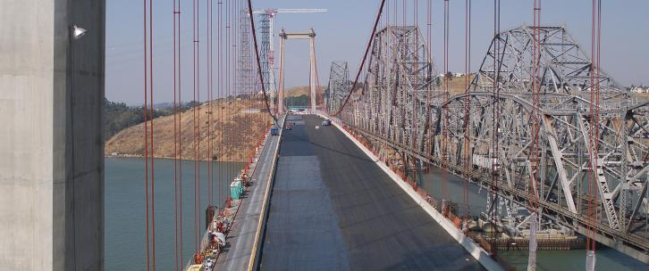Westbound span of the Carquinez Bridge under construction, 2003
