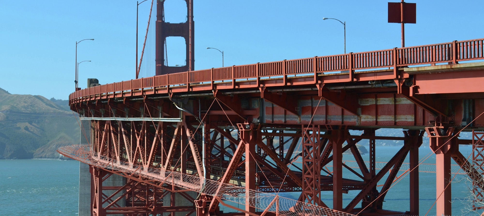 A rendering of the Golden Gate Bridge suicide barrier