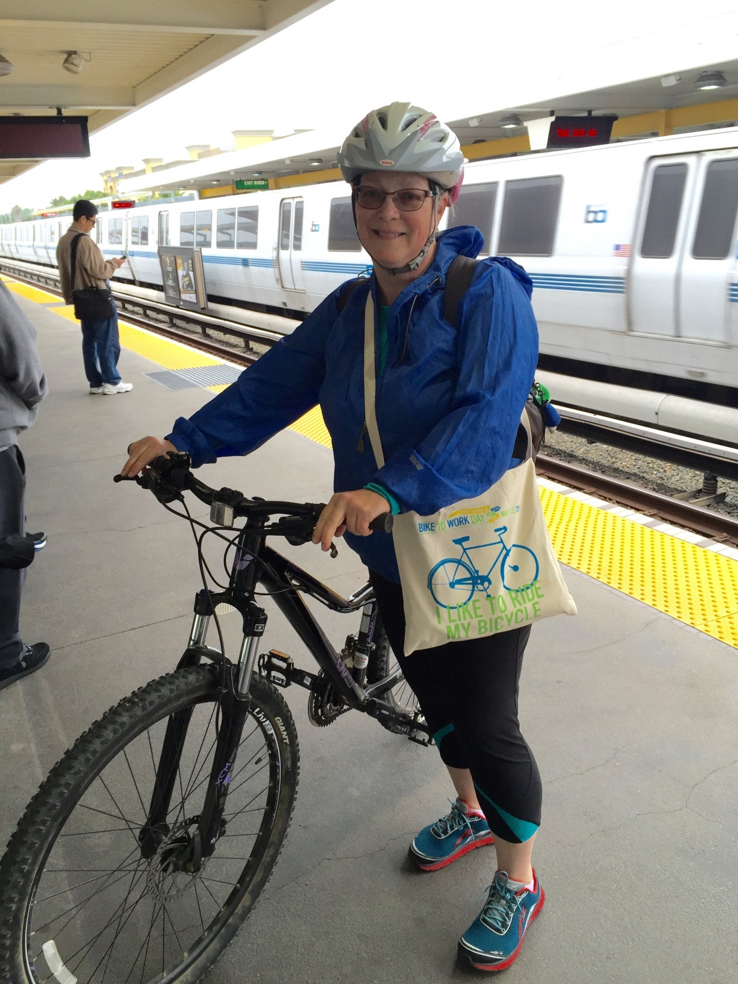 Bike commuter on the Union City BART platform