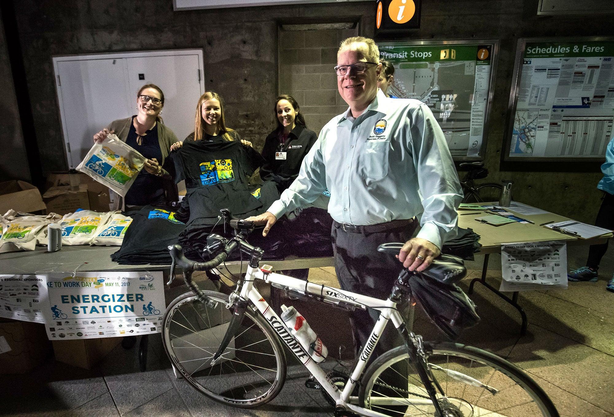 MTC Vice Chair and Alameda County Supervisor Scott Haggerty at the Dublin/Pleasanton BART station