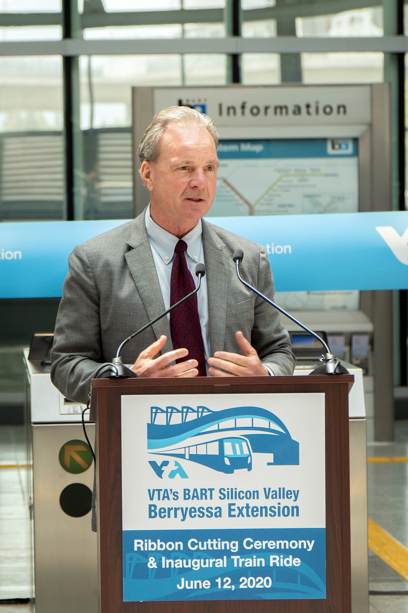 Santa Clara County Board of Supervisors President and MTC Commissioner Dave Cortese. Photo: Santa Clara Valley Transportation Authority