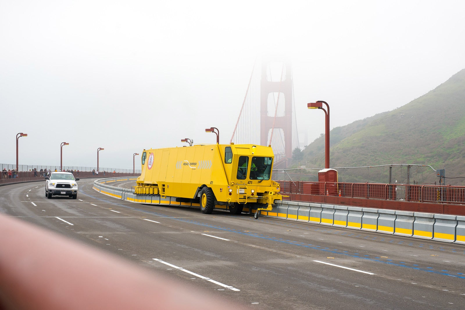 Golden Gate Bridge Closure and Median Barrier Installation