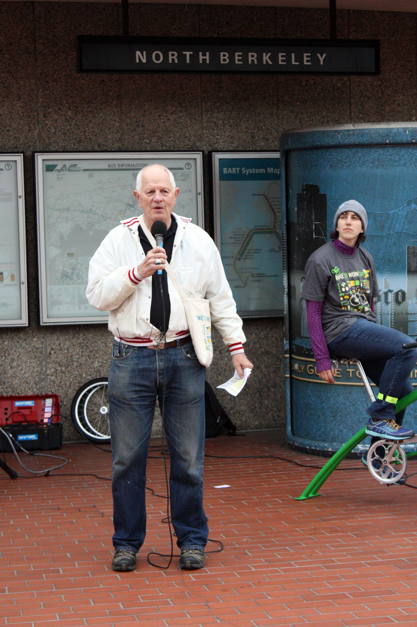 Acting in his role as Mayor of Berkeley, MTC Commissioner Tom Bates started his morning by opening a new bike path at University and West Street, then cycled to the North Berkeley BART station where he announced plans to overhaul the city's Bicycle Plan w