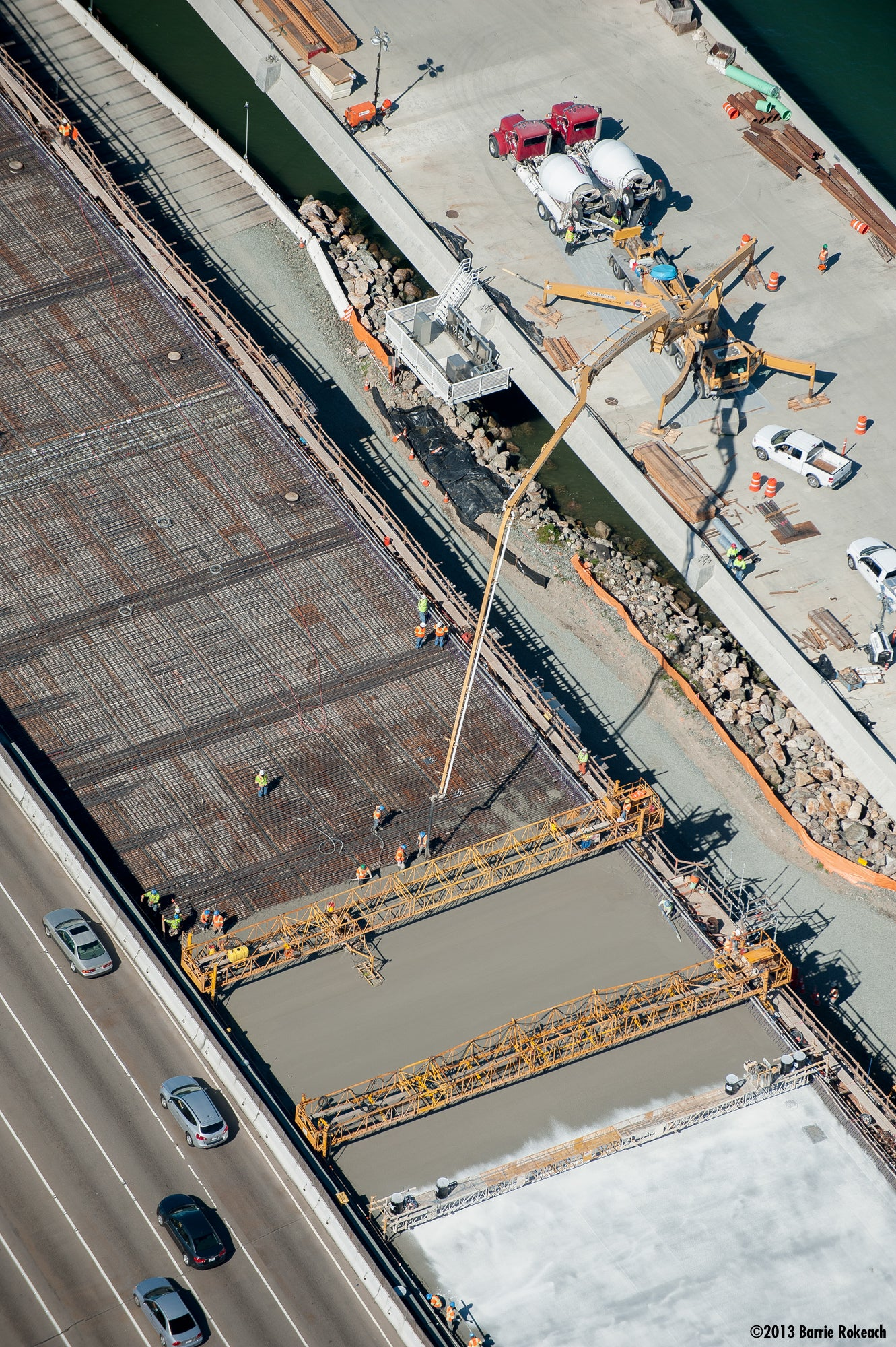 Final Deck Section of New Bay Bridge Placed