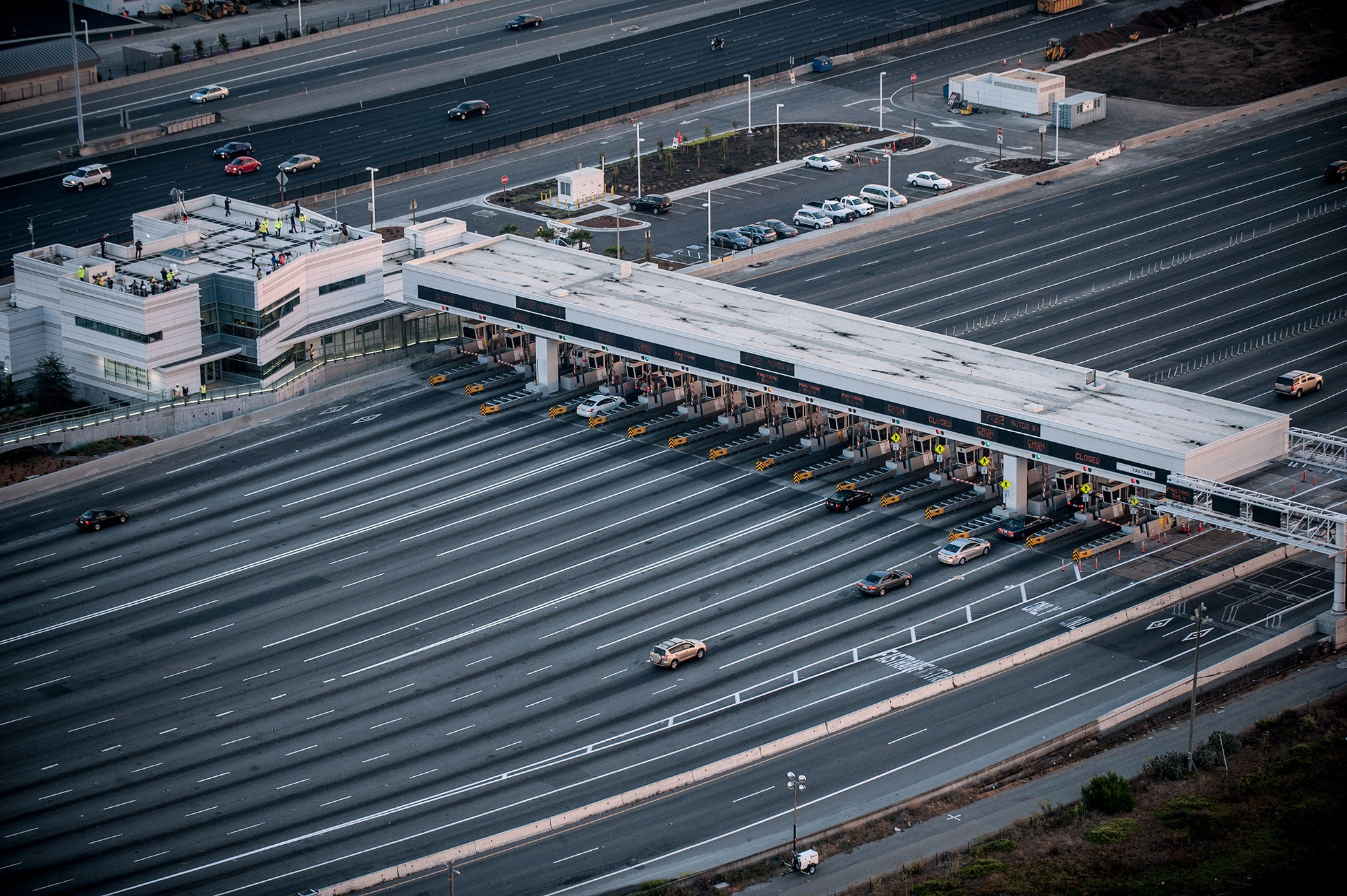 Traffic was unusually light leading to and through the Bay Bridge toll plaza in the last hour before the closure.